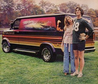 1970s-custom-van-couple